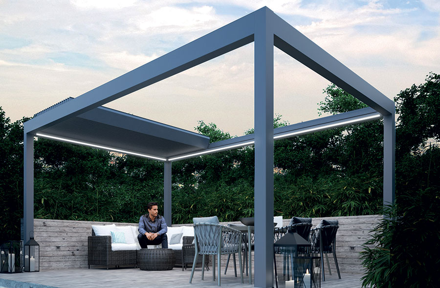 Veranda With Deluxe Aluminium Louvered Roof